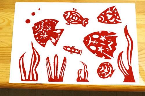 剪纸贴画海底世界