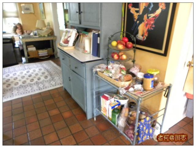 厨房单门酒柜效果图