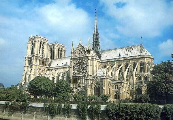 法国建筑之三:巴黎圣母院