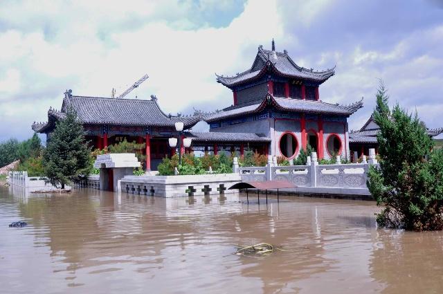 吉林省榆树市五棵树镇湛江寺惨遭洪水!