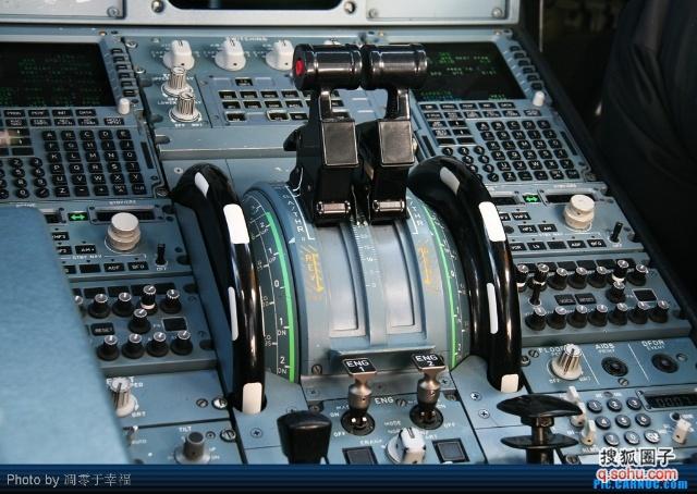 【走进驾驶舱---波音空客大不同】