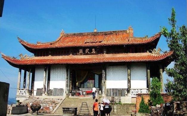 长龙山风景名胜区位于重庆市