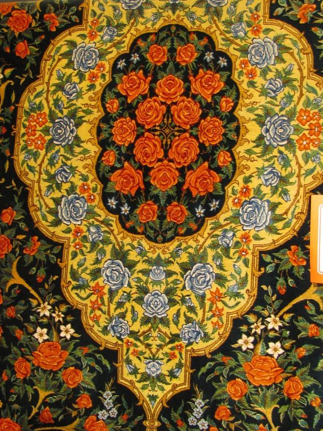 花纹地毯,波斯地毯估计用来装饰而不是踩踏的