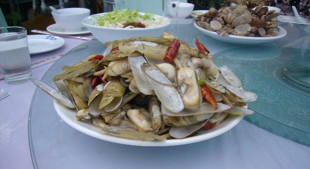 北戴河石塘路海鲜市场鱿鱼