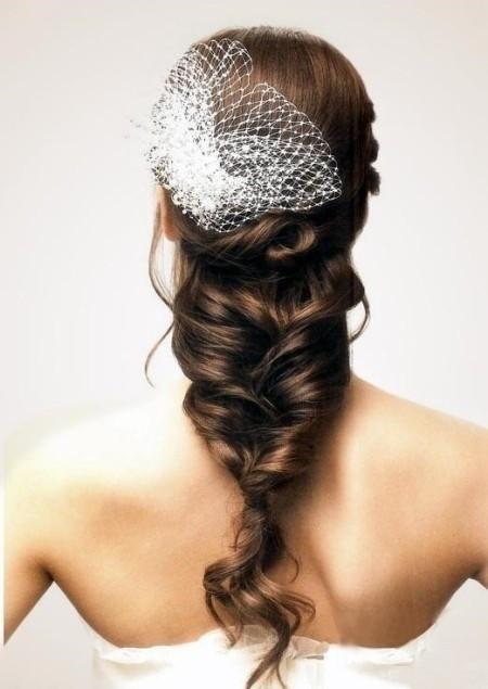 优雅田园风格,2012流行的新娘发型,大方典雅的女人贵气利于拍婚纱照