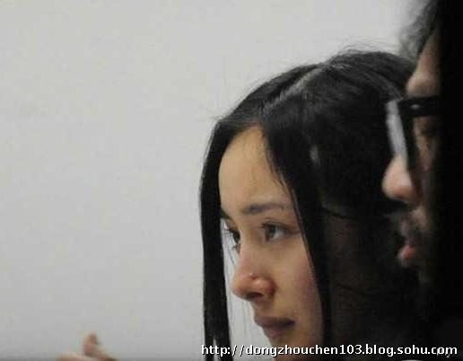 杨幂素颜偷拍照让全中国女人自信_人生如梦_新浪博客