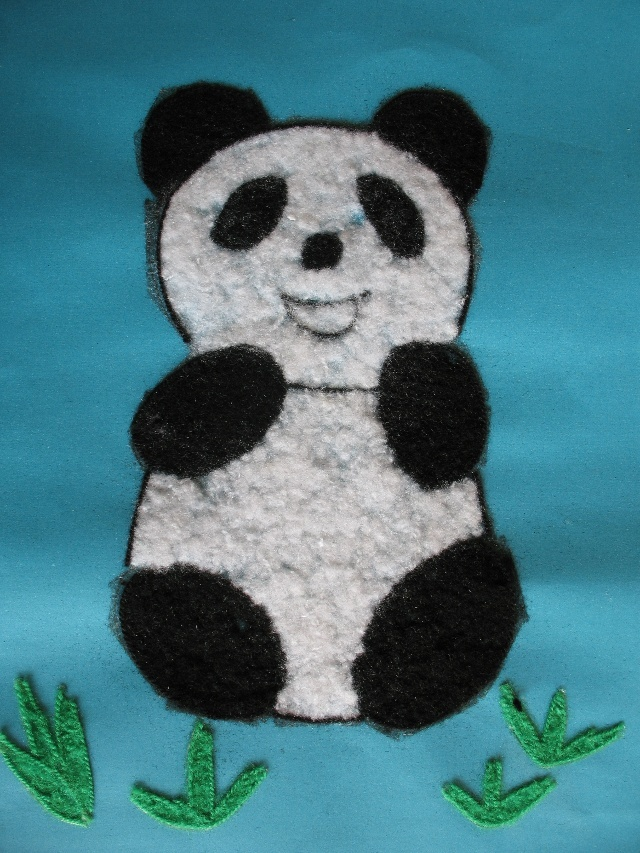 熊猫海绵纸粘贴画